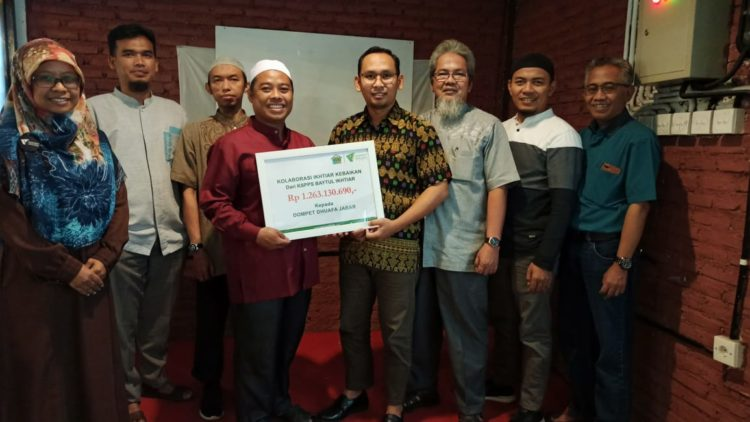 Dompet Dhuafa Jabar Terima Donasi Zakat 1,2 Miliar dari KSPPS Baytul Ikhtiar di Penghujung Tahun 2019