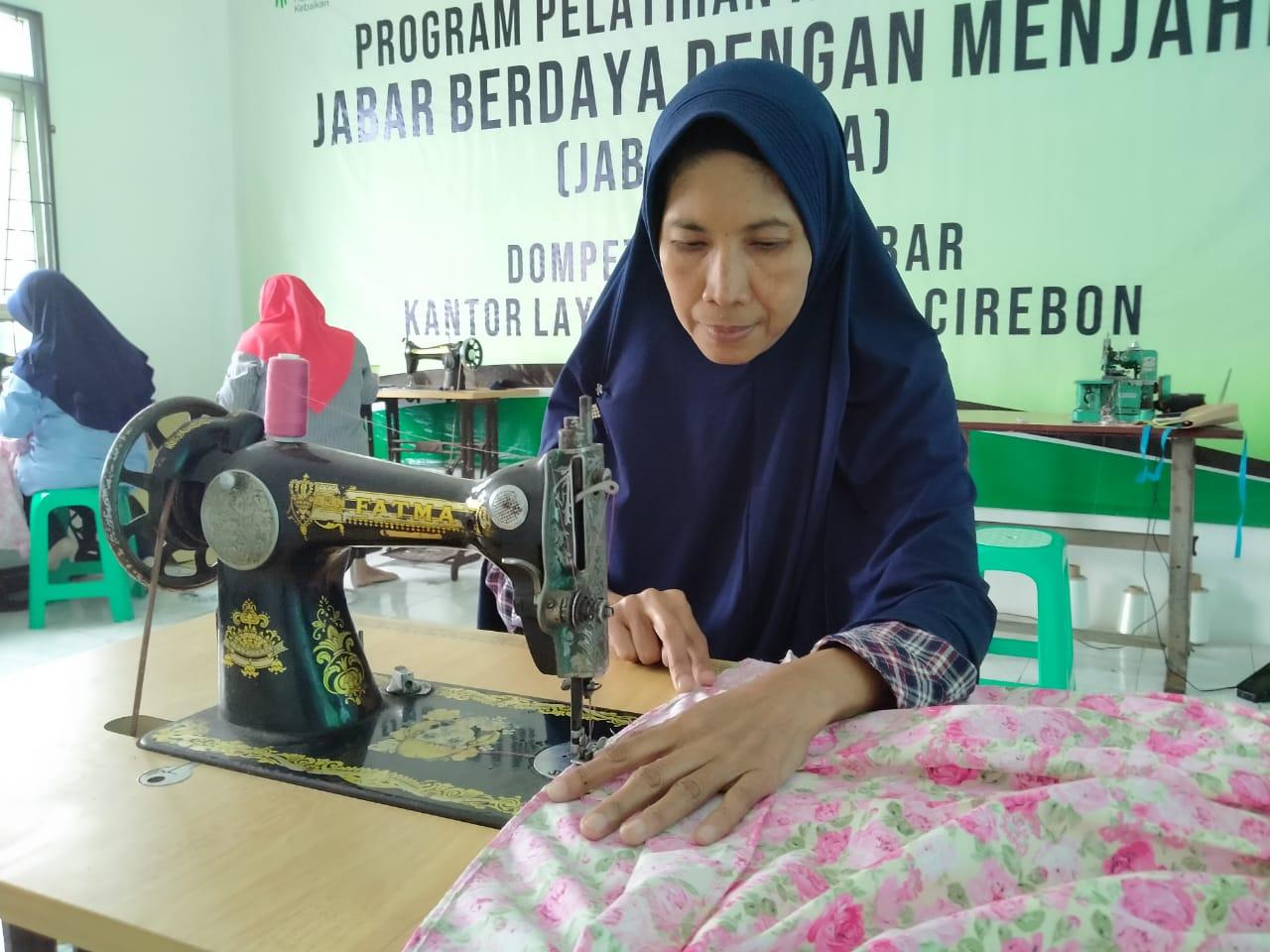 Read more about the article Berkat Zakat, Janda Dhuafa ini Bisa Berdaya