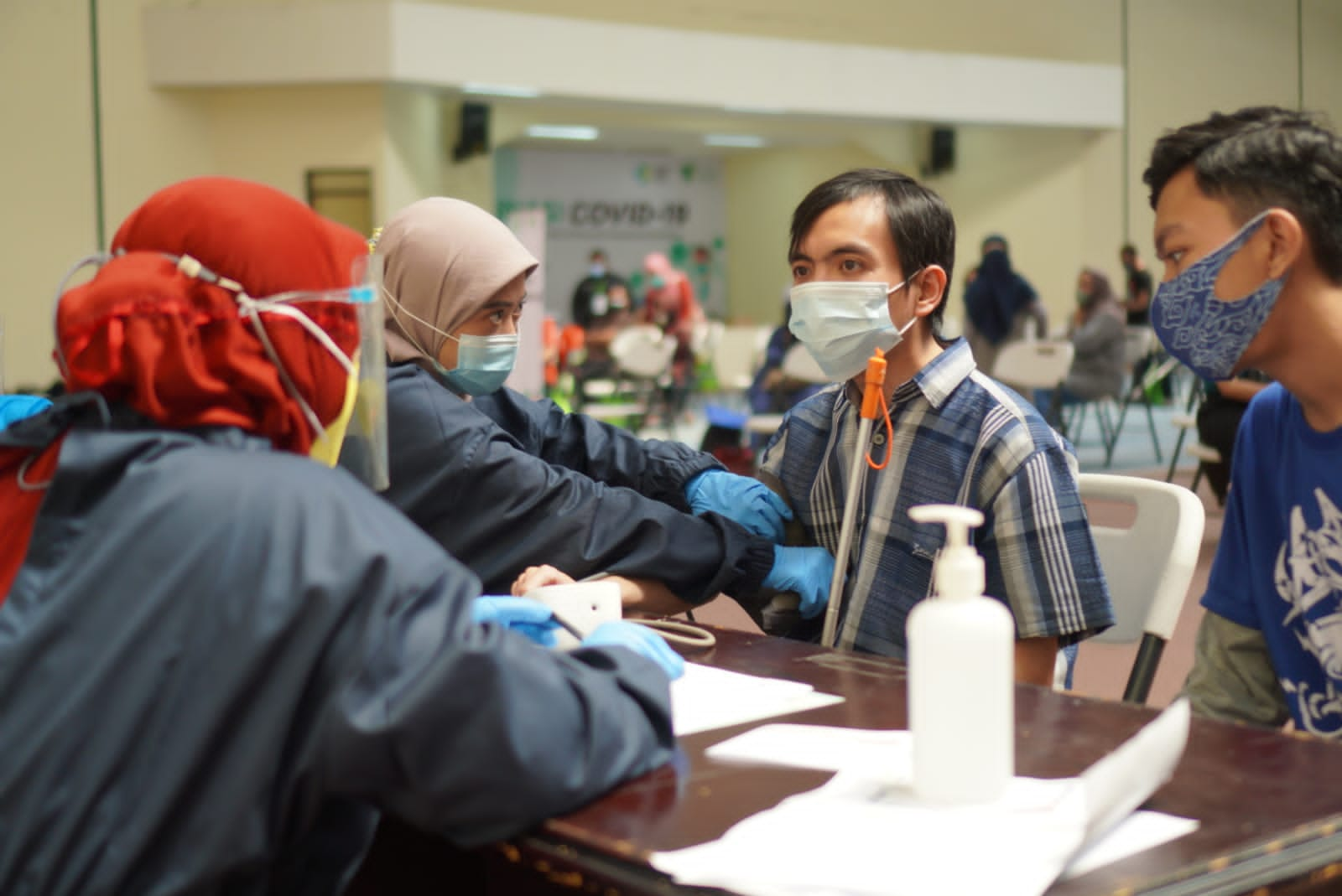 Read more about the article Dompet Dhuafa Jabar Gelar Vaksinasi Untuk Ratusan Penyandang Disabilitas